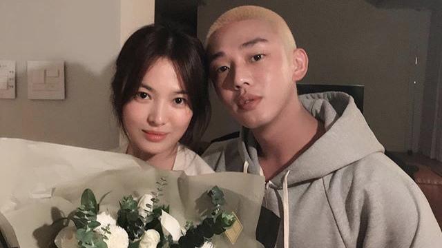 Đăng ảnh tình tứ bên Yoo Ah In, Song Hye Kyo khiến dân tình đặt nhiều nghi vấn