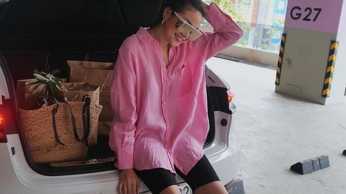Tin hot giải trí ngày 19/7: Diện gam hồng đi siêu thị, Thanh Hằng gây ấn tượng mạnh
