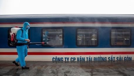 Đường sắt vận chuyển miễn phí các đoàn y, bác sĩ vào miền Nam hỗ trợ chống dịch Covid-19