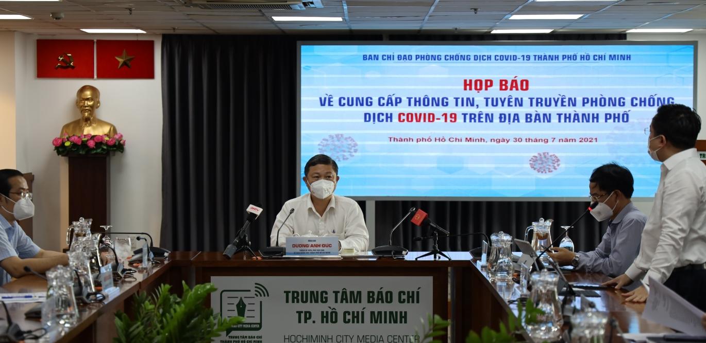 TP HCM tiêm vắc xin Covid-19 cho toàn bộ người dân từ 18 tuổi trở lên