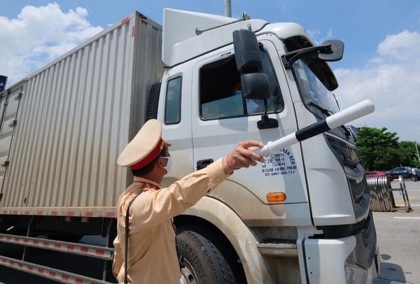 TP HCM: Người trên phương tiện vận chuyển phải có giấy chứng nhận âm tính với SARS-CoV-2