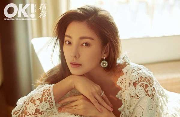 """""""Song Hye Kyo Trung Quốc"""" vướng vào tin đồn nhờ người mang thai hộ."""