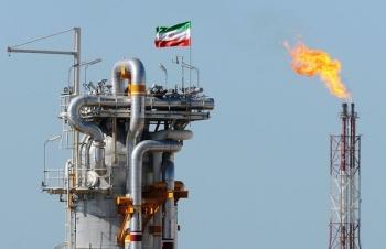 Iran trở thành nhà sản xuất dầu lớn thứ hai của OPEC trong tháng 2