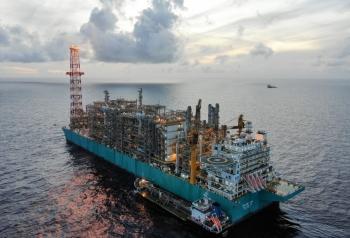 Petronas hợp tác với CNOOC về LNG và năng lượng