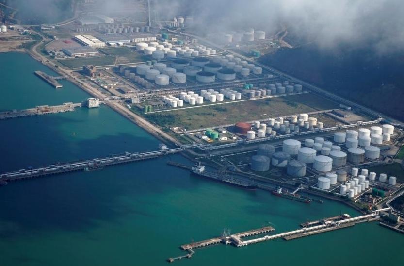 Trung Quốc triệt phá đường dây buôn lậu dầu tinh luyện trị giá gần 1 tỷ USD