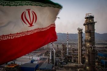 Iran sắp không còn kho chứa dầu