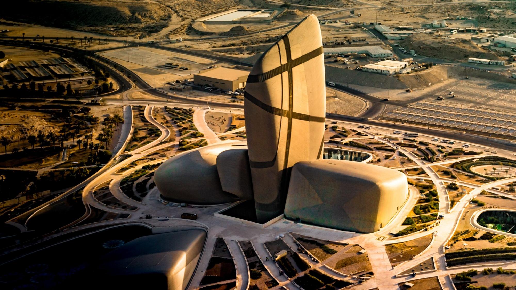 Trung tâm văn hóa đẳng cấp nhất thế giới, được xây dựng cạnh giếng dầu đầu tiên của Ả Rập Saudi