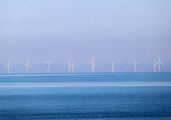 Total mua lại 20% cổ phần của dự án điện gió nổi Eolmed ở Pháp