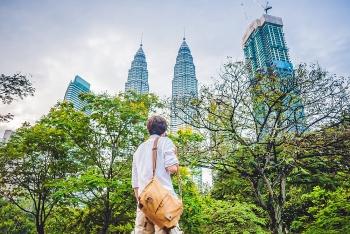 khach du lich trung quoc can xem xet lai cach cu xu khi o malaysia