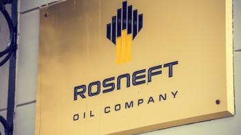 Rosneft có kế hoạch bán các mỏ dầu hoạt động kém hiệu quả ở Nga