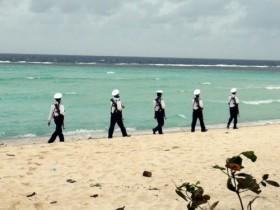 Bàn giao Nhà văn hóa tặng quân, dân đảo Sinh Tồn