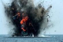 13 tàu cá Việt Nam bị Indonesia đánh chìm và lời kêu cứu từ Biển Đông!