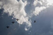 6 phi cơ quân sự Mỹ bay gần bãi cạn Trung Quốc kiểm soát