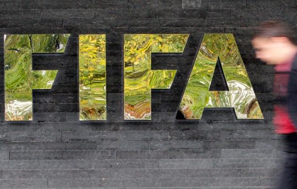 Vì sao 6 quan chức cao cấp của FIFA bất ngờ bị bắt?