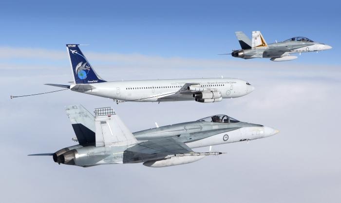 """""""Hỏa lực mồm"""" Trung Quốc dọa bắn máy bay Úc"""