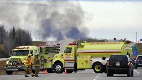 Canada: Tàu chở dầu nổ tung, 100 người phải sơ tán
