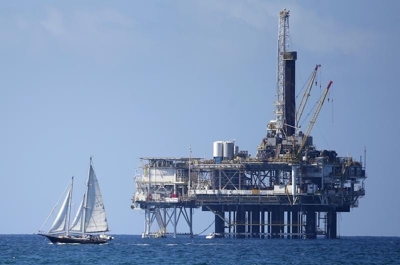 Giá dầu tăng với triển vọng lạc quan về nhu cầu nhưng nhân tố bất định còn đó