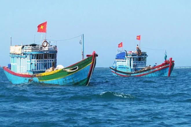 Phản đối lệnh cấm đánh bắt cá đơn phương của Trung Quốc ở Biển Đông