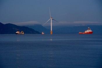 """Các đại gia năng lượng châu Âu """"lập hội"""" phát triển dự án điện gió quy mô lớn ngoài khơi Biển Bắc"""