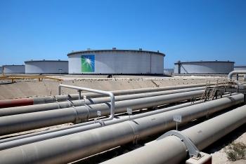 Tập đoàn dầu khí Aramco giảm giá dầu cho khách mua châu Á, châu Âu và Mỹ