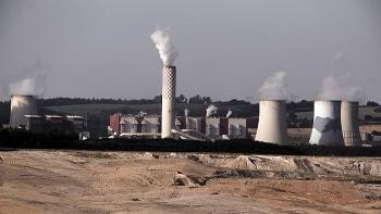 """Đại gia dầu khí: Than là """"vua"""" khi giá khí đốt tăng cao và rủi ro đối với mục tiêu năng lượng sạch hơn"""