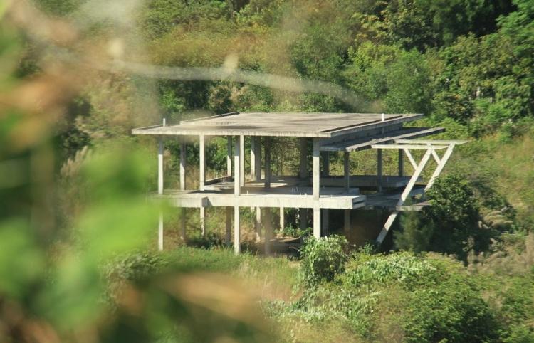 Những dự án bỏ hoang trên bán đảo Sơn Trà