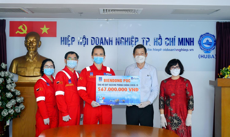BIENDONG POC trao 567 triệu đồng cho Quỹ Vắc-xin