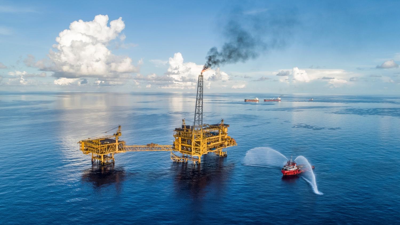 Tổng Giám đốc BIENDONG POC đối thoại trực tuyến với người lao động trước khi đi biển
