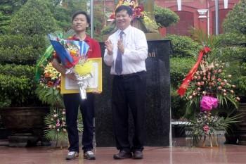 Thừa Thiên - Huế: Vinh danh nhà vô địch Olympia 2016
