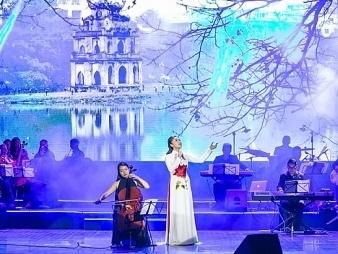 Văn Mai Hương nồng nàn với những ca khúc về Hà Nội