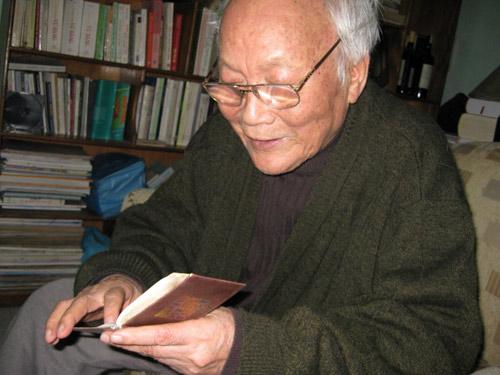 Nhà văn Tô Hoài: Chắp cánh tự do bằng sự cần mẫn