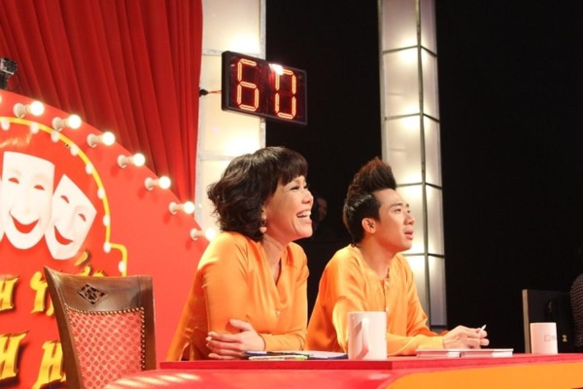 Thách thức danh hài tập 12: Thí sinh chế nhạc chê Việt Hương lùn