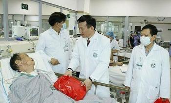 Bệnh viện vừa lo Tết vừa chống viêm phổi Vũ Hán