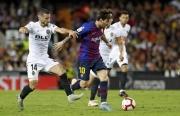 link xem truc tiep valencia vs barcelona la liga 22h ngay 251