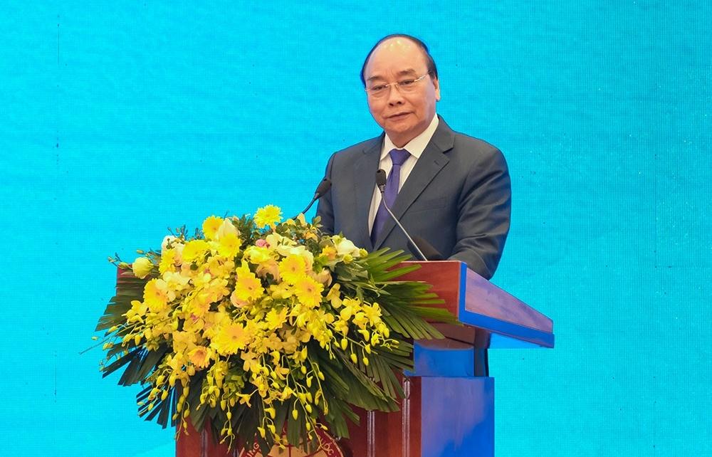 Thủ tướng Nguyễn Xuân Phúc: '5 năm nữa với đà tăng trưởng này, với khả năng phát triển nguồn của chúng ta, chúng ta không thiếu điện'