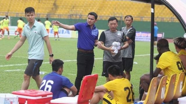 Báo Thái Lan: Hàng công làm nên sức mạnh cho đội bóng của Kiatisuk - 1