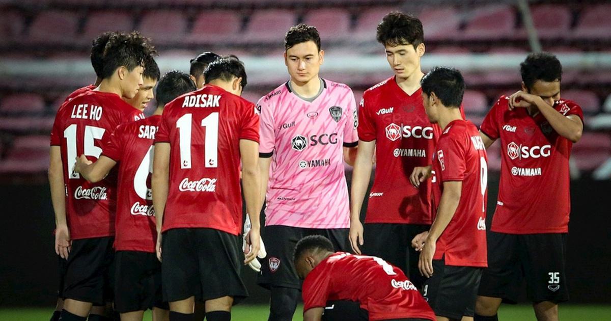 Muangthong United có động thái cứng rắn, yêu cầu Văn Lâm phải xin lỗi