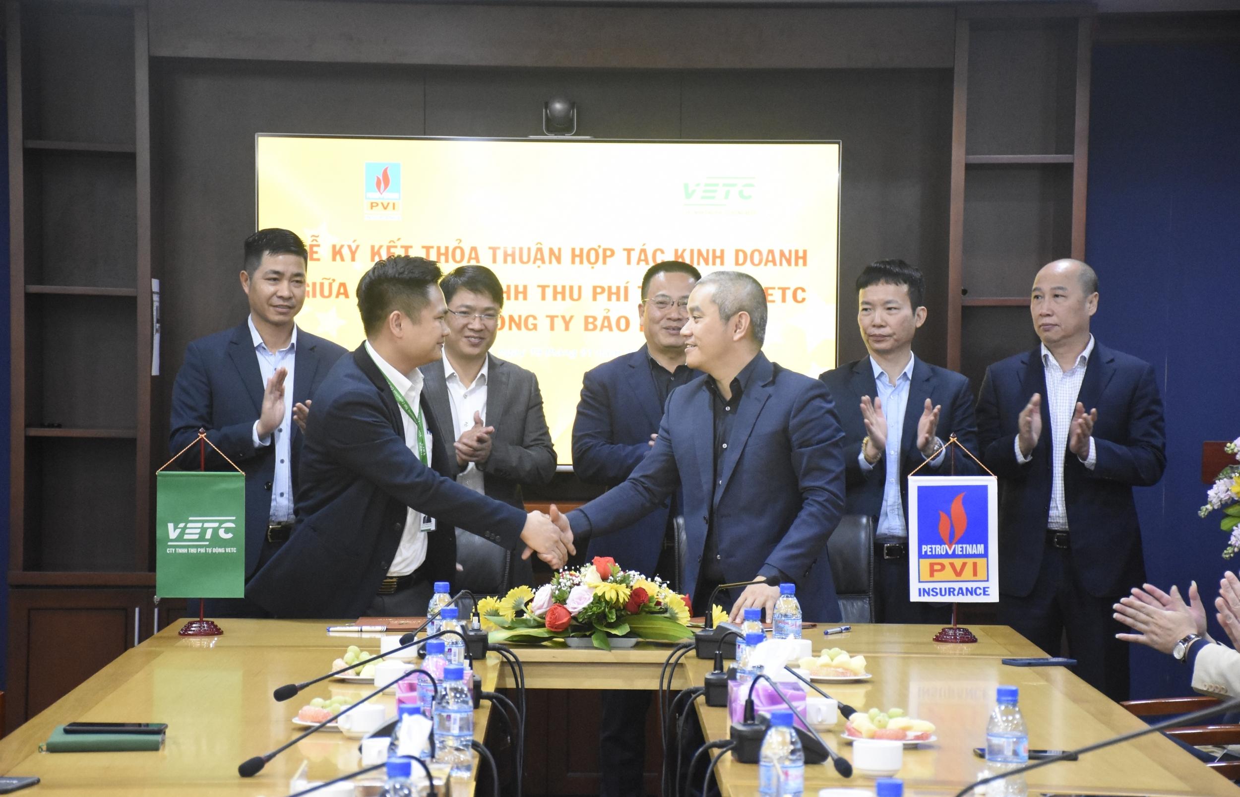 Tổng công ty Bảo hiểm PVI và Công ty TNHH Thu phí Tự động VETC ký kết Thỏa thuận Hợp tác kinh doanh