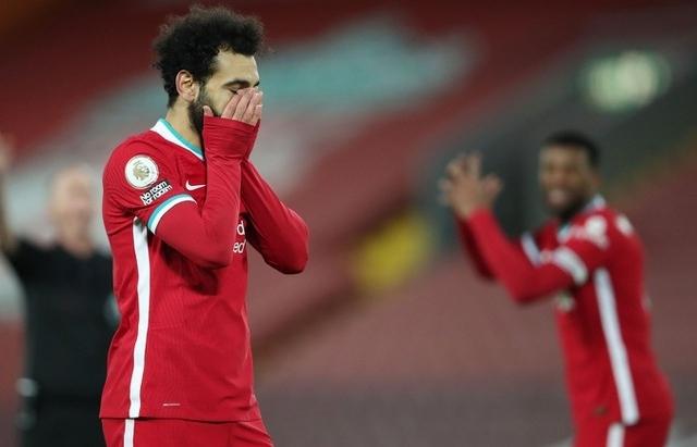 Liverpool thua Burnley tại Anfield bởi quả phạt đền muộn