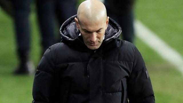 HLV Zidane trước nguy cơ bị sa thải: Khi que diêm cuối cùng đã tắt... - 1