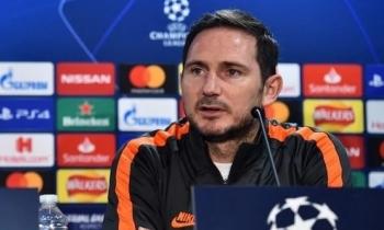 """Lampard: """"Chelsea chấp nhận rủi ro để ghi bàn"""""""