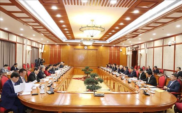 Tổng Bí thư chủ trì phiên họp đầu tiên của Bộ Chính trị khóa XIII - 2