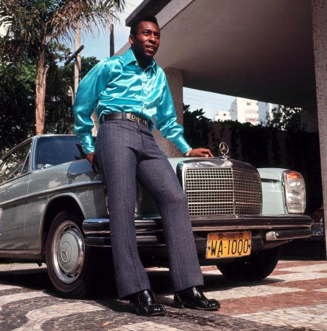 Vua bóng đá Pele: Con rơi nhiều như số bàn thắng, không đếm xuể - 1