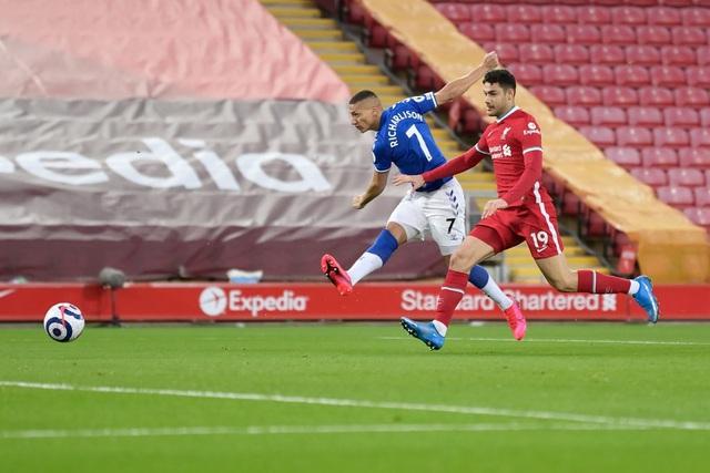Liverpool 0-2 Everton: Anfield tiếp tục thành tử địa - 4
