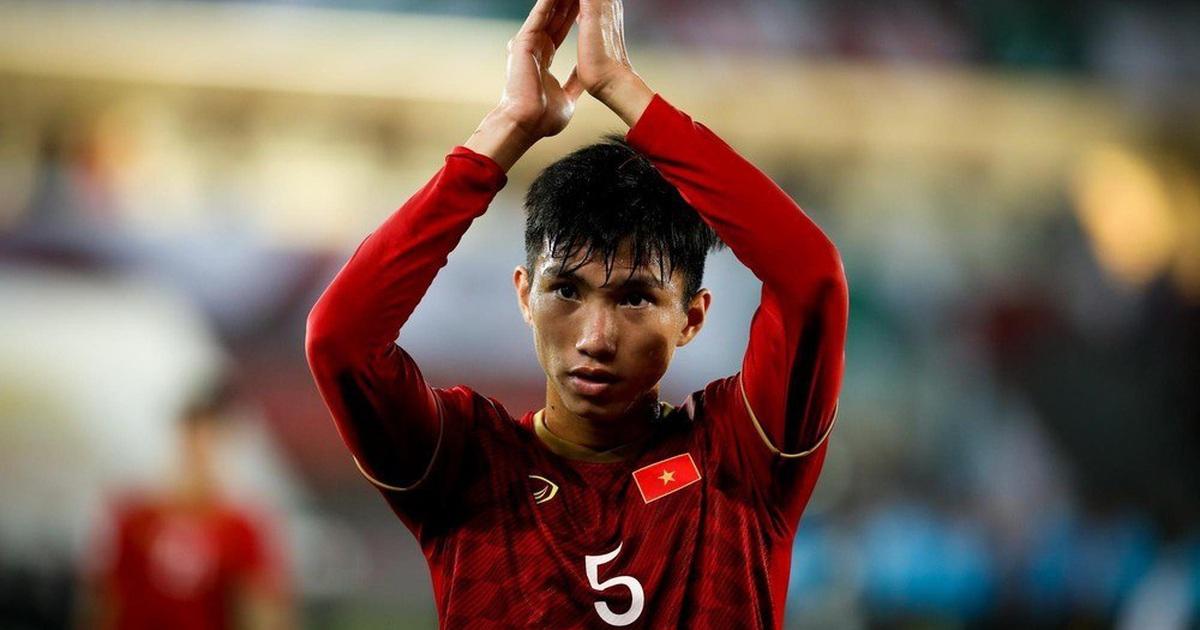 Văn Hậu chạy đua với thời gian để trở lại đội tuyển Việt Nam
