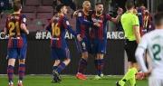 Messi lập cú đúp, Barcelona chỉ còn kém Real Madrid 2 điểm