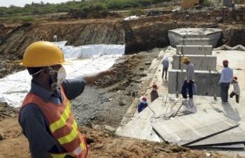 """Sri Lanka sụp đổ vì nợ nần khi tham gia Sáng kiến """"Vành đai, Con đường"""" của Trung Quốc"""