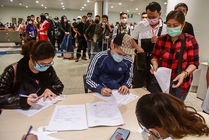 Dừng nhập cảnh người Việt tại sân bay Nội Bài