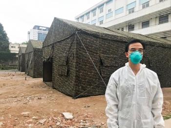 """Giám đốc Bạch Mai: """"Bệnh viện đang khó khăn"""""""