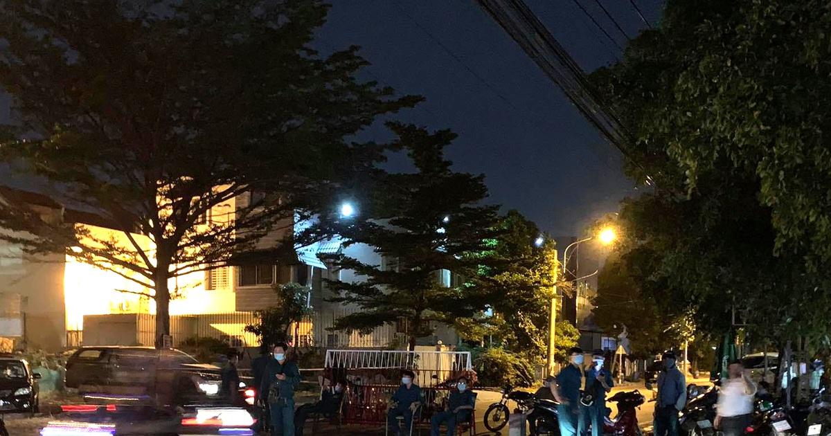 Phong tỏa khẩn cấp một khu phố vì người đàn ông Trung Quốc mắc Covid-19